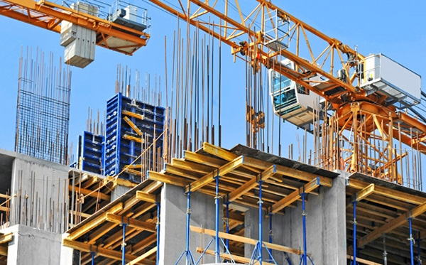 Legal support for construction projects realization